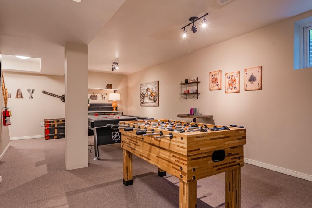 Foosball table in basement games room - Summerhill House - Niagara-on-the-Lake