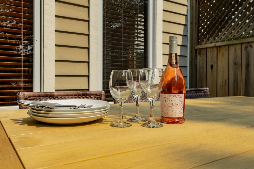 Tour the many wineries and vineyards in Niagara-on-the-Lake and enjoy a local wine at the house.