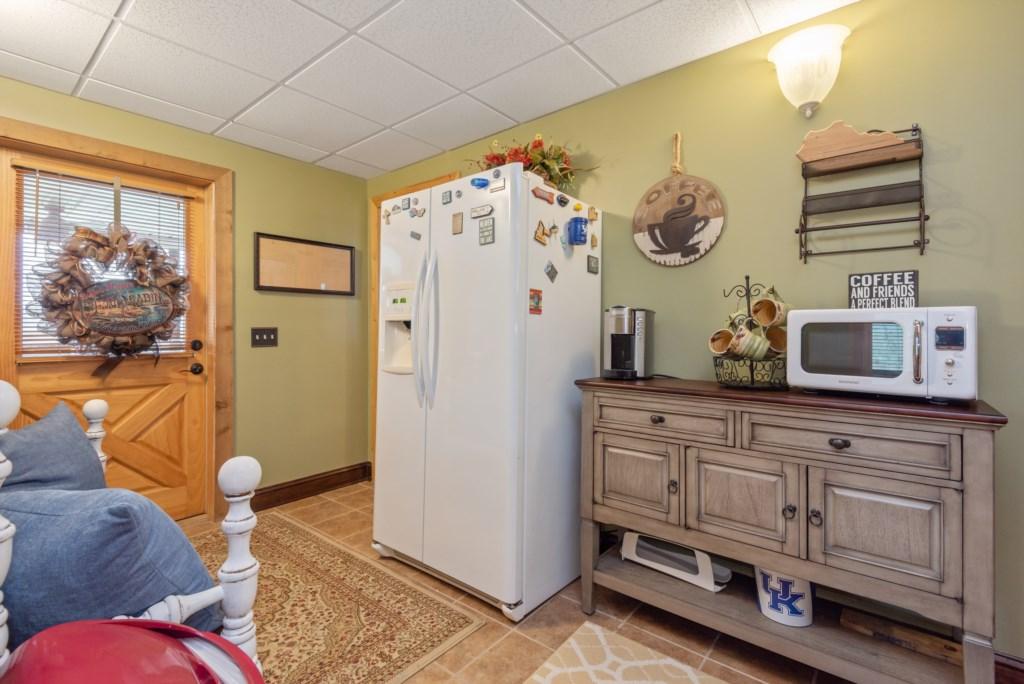 Downstairs Mini Kitchen Area