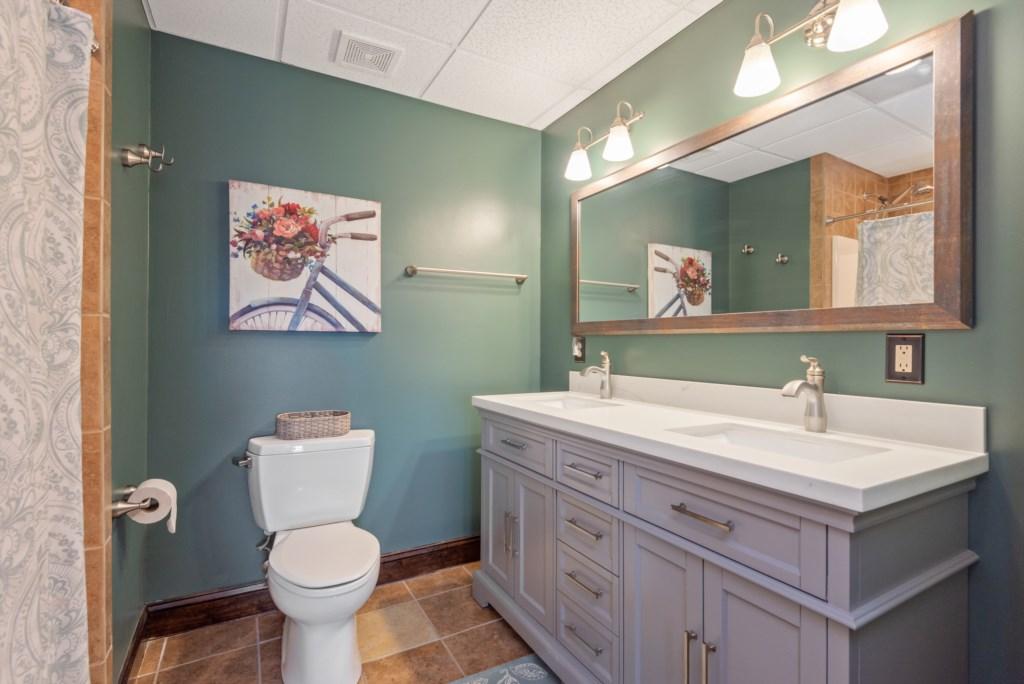 Downstairs Master 1 Bathroom