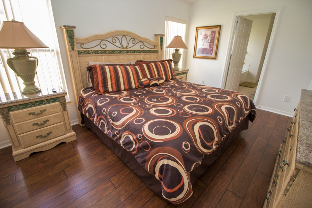 14-View of the king bedroom leading to the ensuite.jpg