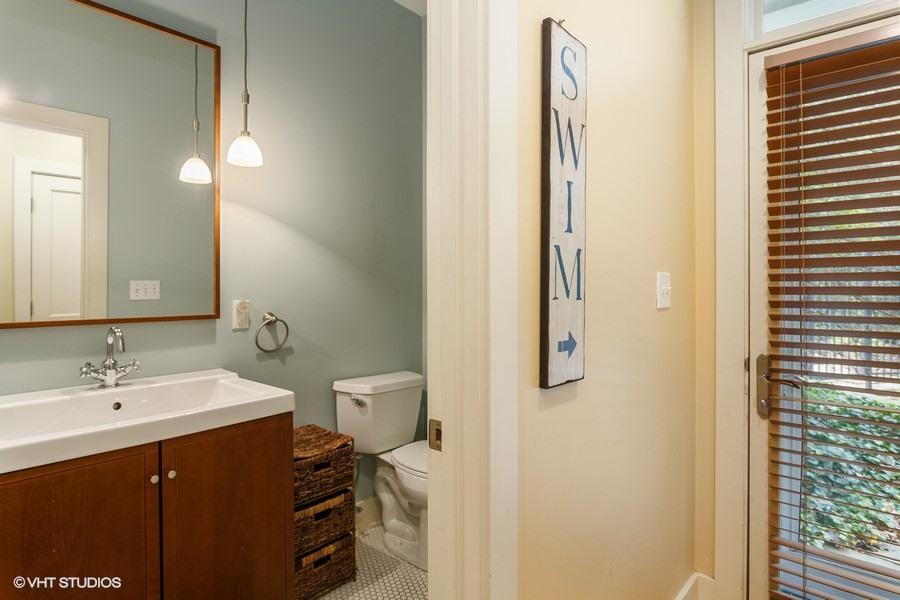 Main Floor Full Bathroom (Shower)