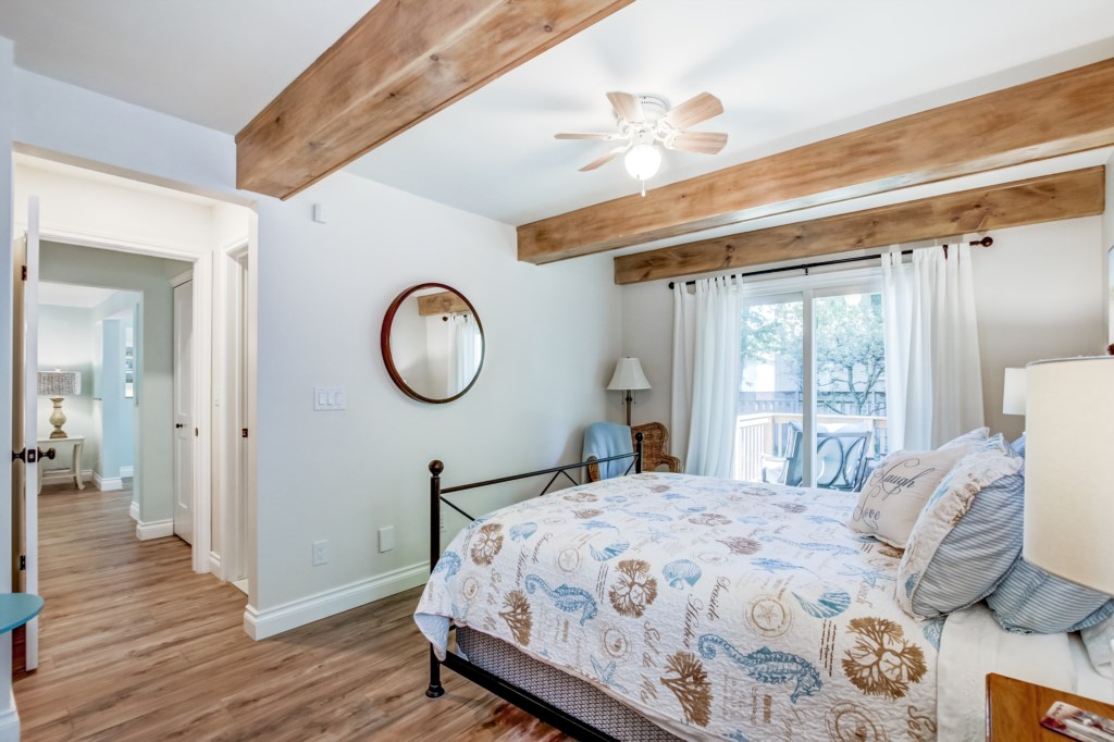 French Doors from Bedroom to Back Deck - Blue Pearl - Niagara Holiday Rentals - Niagara-on-the-Lake