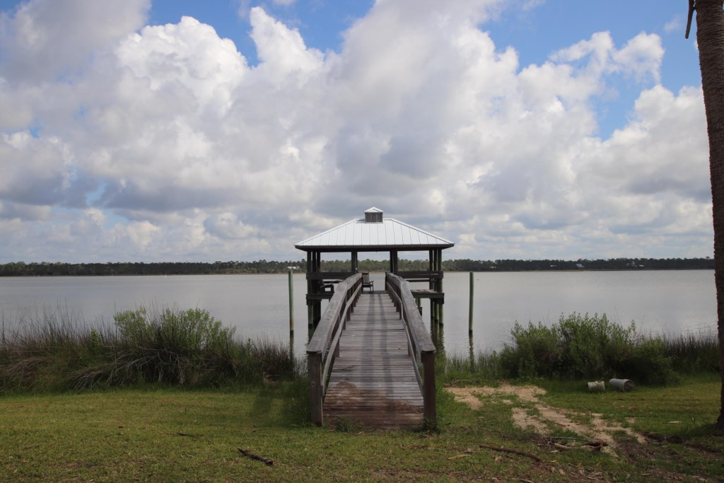 Shared dock great for fishing, crabbing, kayaking and yolo boarding