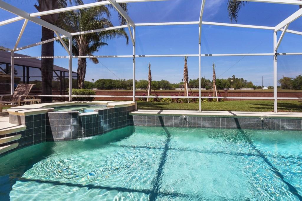 8009AECAE-exterior-pool-2004-03-14_001.jpg