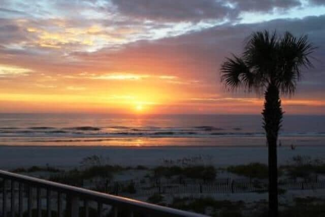 Spectacular sunrises from your balcony