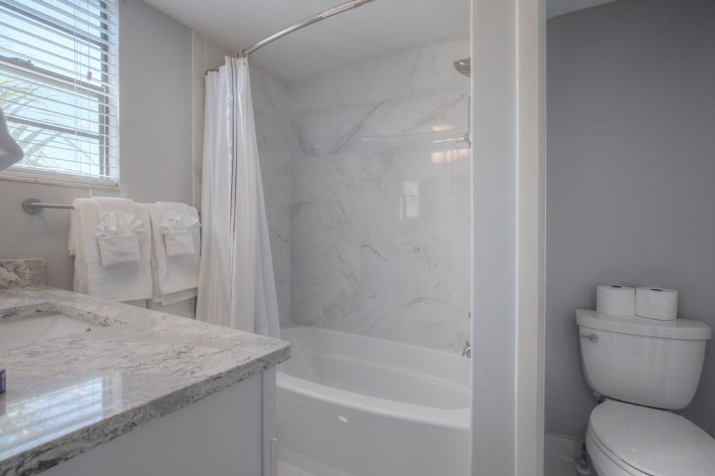 Fully Upgraded Marble Bathroom Tub & Shower