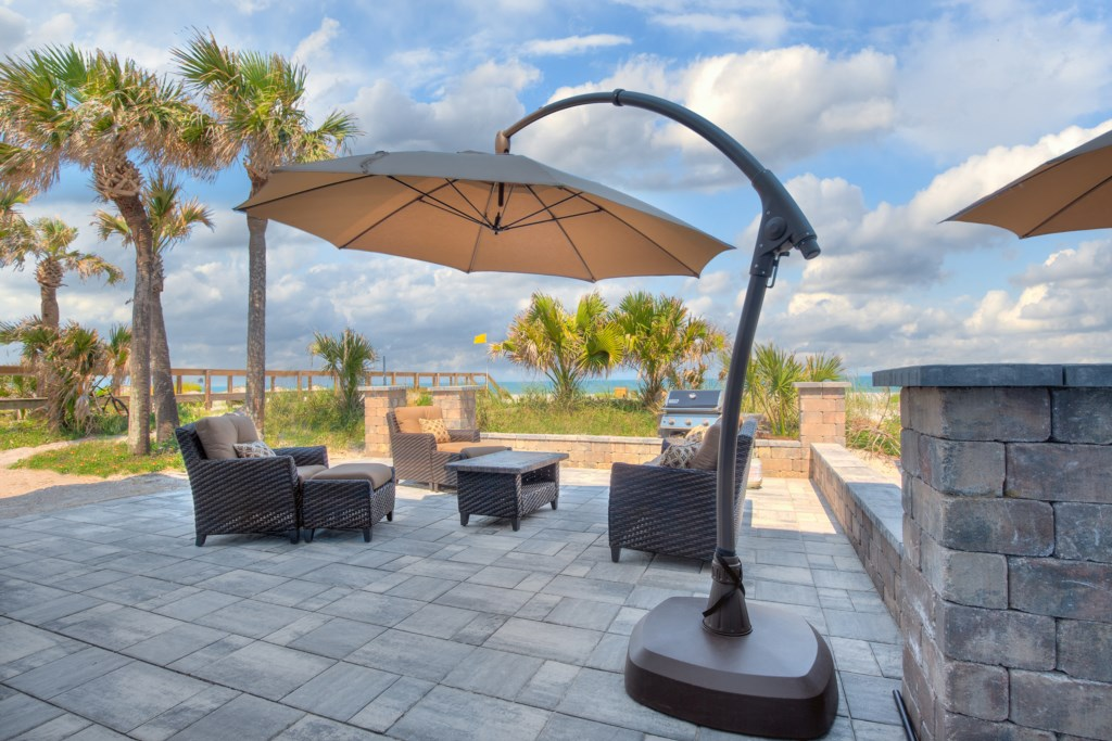 Private Patio on the Beach - Happy Hour?