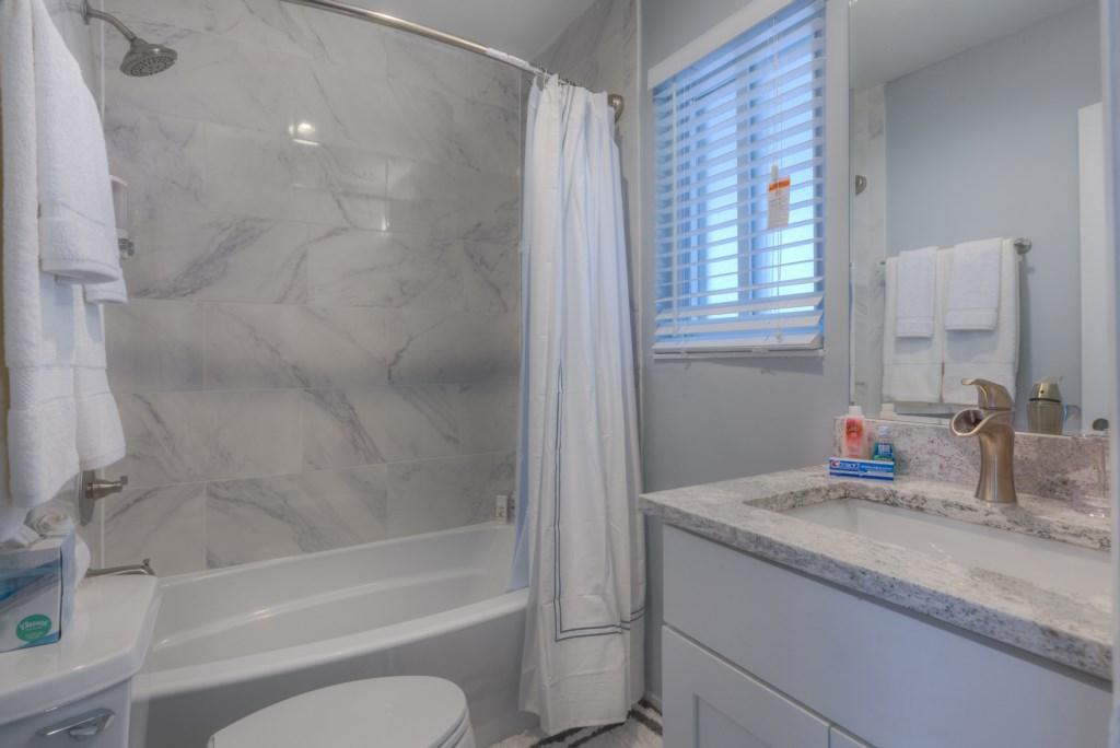 Upgraded Shower Tub Combo
