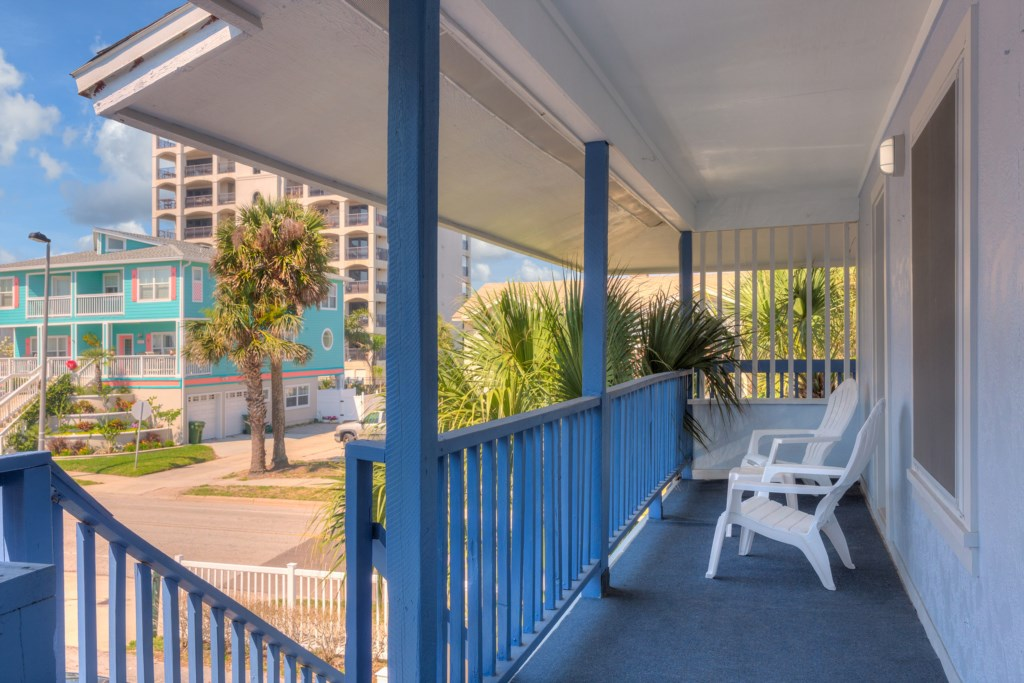 The unit has a total of 4 balconies with views in every direction, from the beach and the ocean to 1