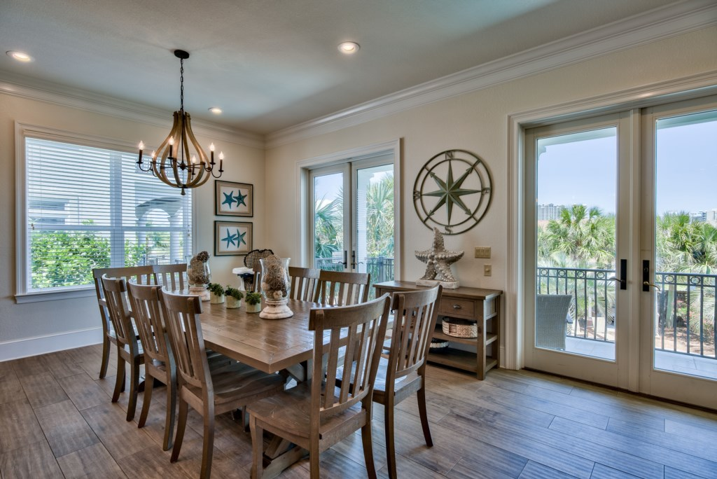 Spacious Home with Kitchen/Dining allows for easy entertaining
