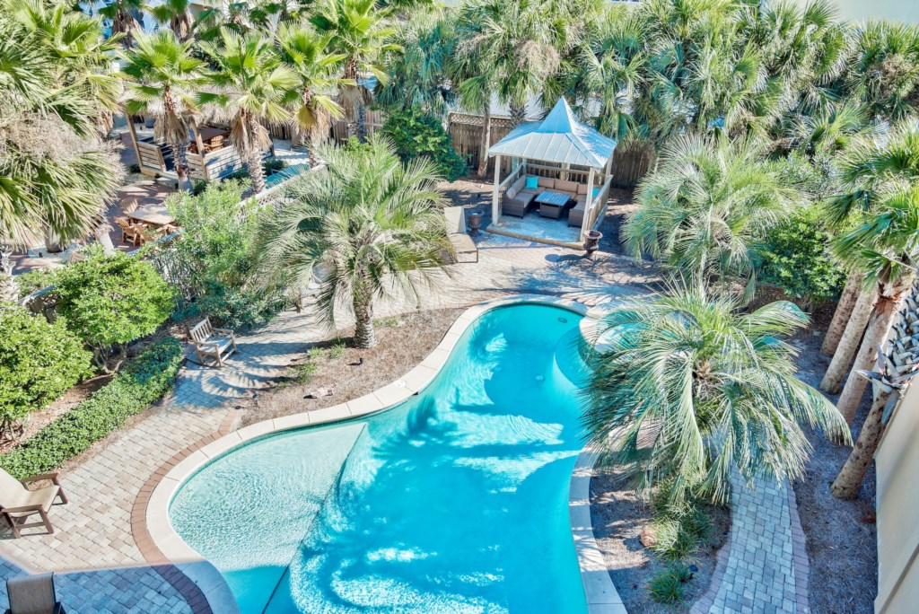 Huge Lagoon Pool brings the Islands to you with swaying palm trees