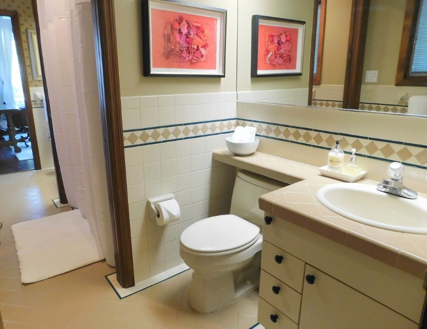 3RD BATHROOM CONNECTS TO 3RD BEDROOM