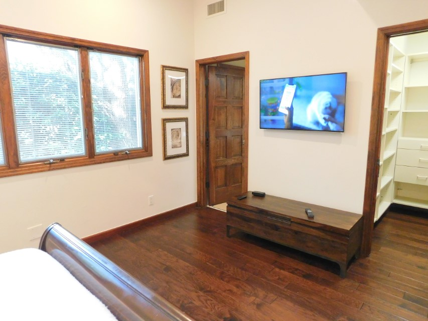 LARGE 3RD BEDROOM WITH TV