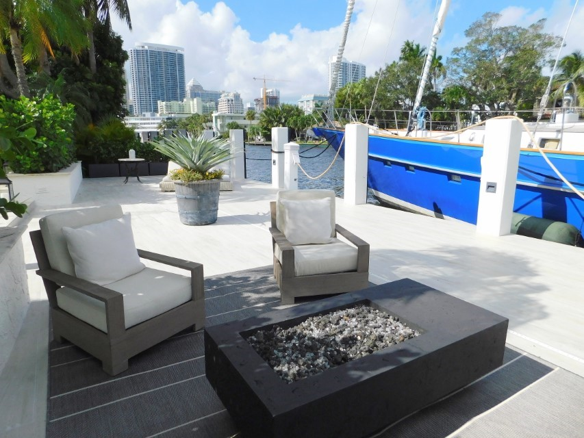 FIRE PIT AND DOCK LOUNGING AREA