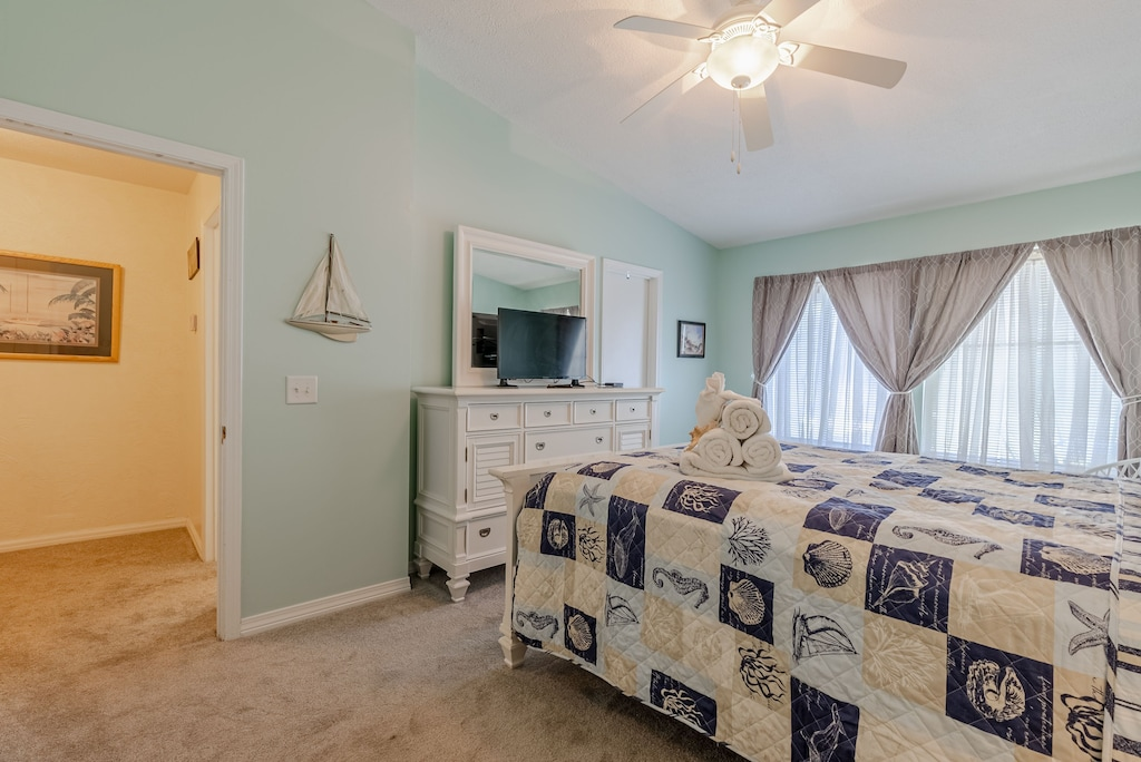 Master Bedroom offers a tv in the bedroom