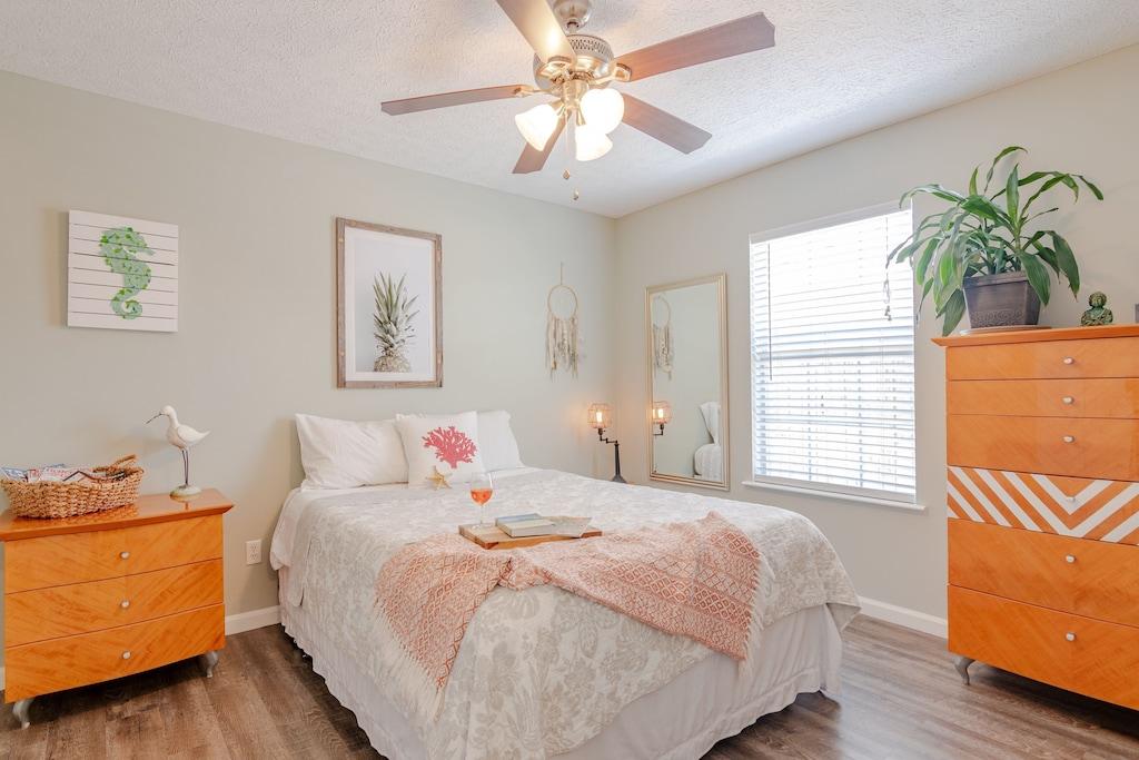 Bedroom 2 offers a queen bed.