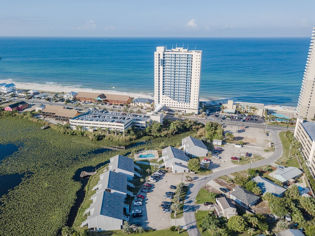 Arial View of the condo & closeness to the beach