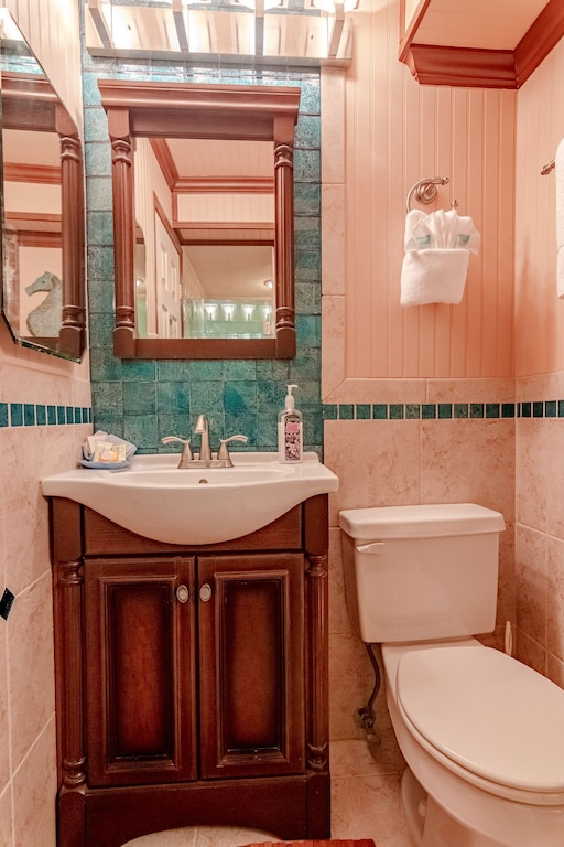 Full Bath off the hallway offers a shower