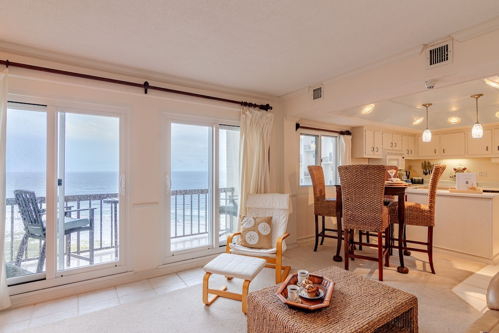 Living room overlooks the Gulf & has that amazing view of the Gulf of Mexico