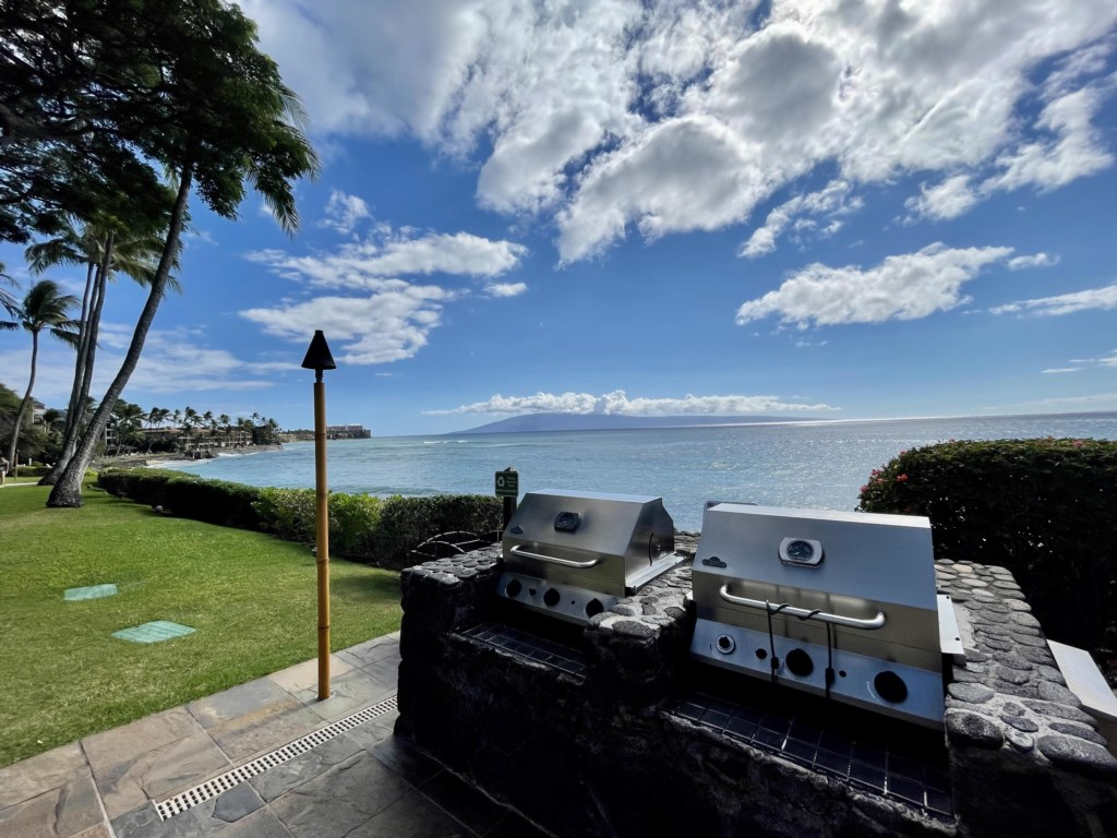 BBQ GRILLS BY THE OCEAN