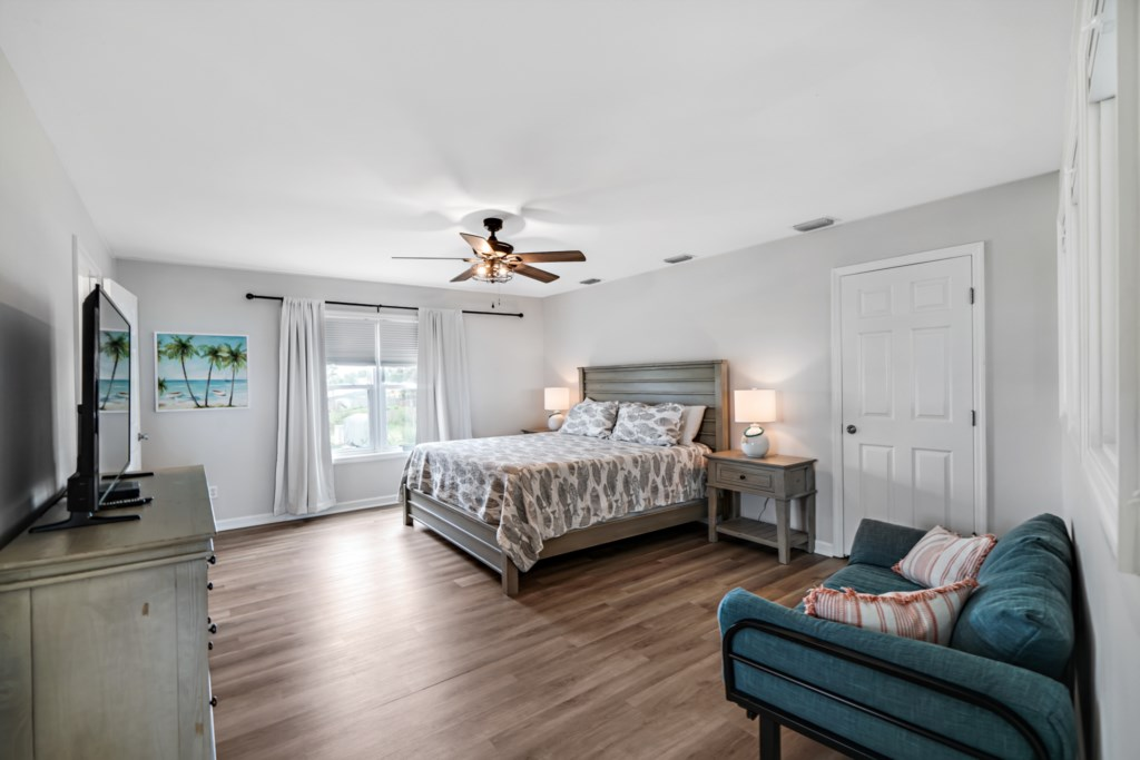 Large primary bedroom on the 2nd floor with king bed