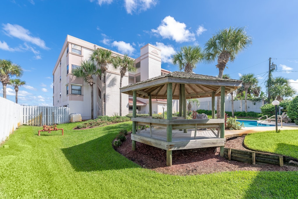 SeeRay Shores is a boutique complex of only 9 condos!!